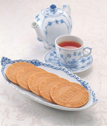 【日本直邮】神户风月堂 凯蒂猫迷你欧芙琉璃夹心薄饼 3枚入